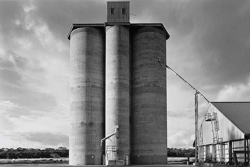 B&W photo of silo