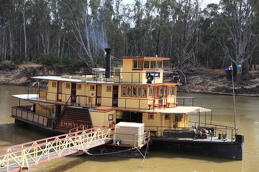 The Emmylou paddle steamer on the Murray River.